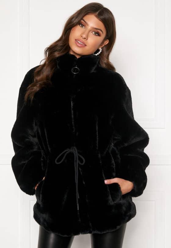 bubbleroom-trixie-faux-fur-jacket