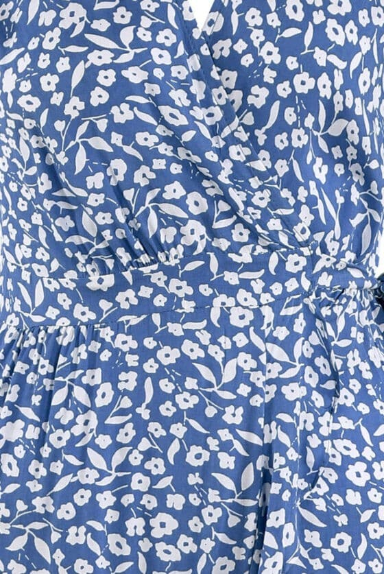 22224_blue_floral-dress_detail__42974.1625818386