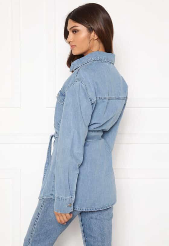 bubbleroom-lori-belted-denim-jacket-light-denim_2