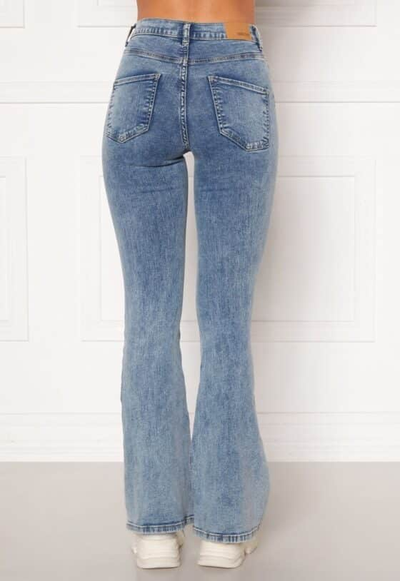 bubbleroom-tove-high-waist-flared-superstretch-light-denim