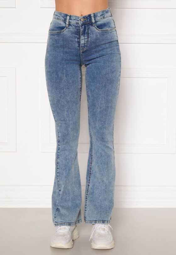 bubbleroom-tove-high-waist-flared-superstretch-light-denim_2