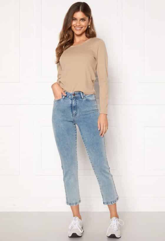 happy-holly-peggy-straight-leg-jeans_2