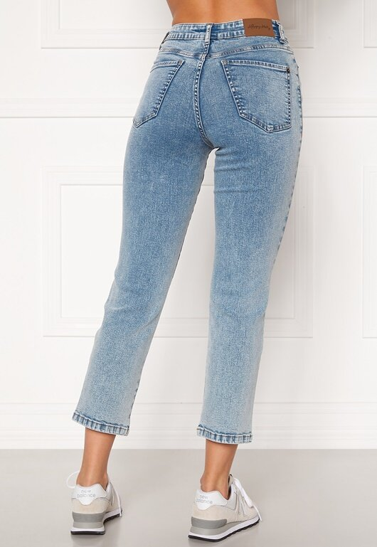 happy-holly-peggy-straight-leg-jeans_4